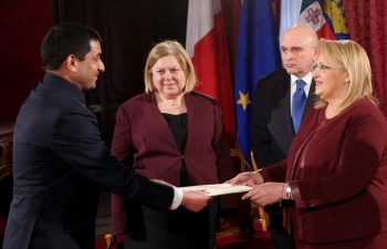 High Commissioner presenting credentials to Her Excellency Ms.Marie Louise Coleiro Preca, President of the Republic of Malta