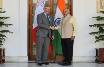 Shri M.J.Akbar, Minister of State for External Affairs of India, and Minister of Foreign Affairs and Trade Promotion of Malta, Mr.CarmeloAbela, meeting in New Delhi (March 5, 2018).