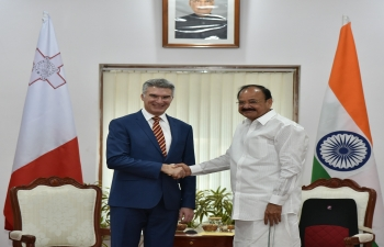 Vice President of India, Shri M. Venkaiah Naidu, receiving Minister of Foreign Affairs and Trade Promotion of Malta, Mr.CarmeloAbela(March 5, 2018).