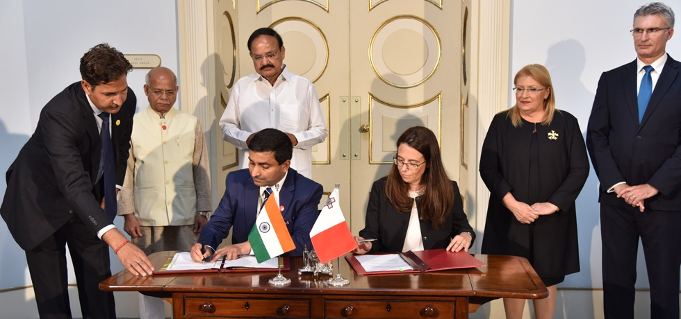 Signing of the MoUs between India and Malta during the visit of H. E. Vice President Shri M. Venkaiah Naidu to Malta.