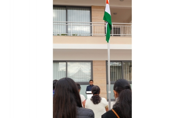 High Commissioner giving a speech after unfurling of National Flag (Jan.26, 2018)