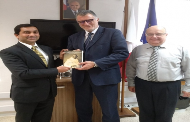 Maltese state schools presented with copies of autobiography of Mahatma Gandhi