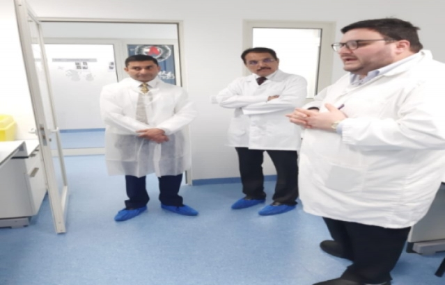 High Commissioner visited Misom Labs, a pharmaceutical testing facility set up by an Indian entrepreneur in Malta